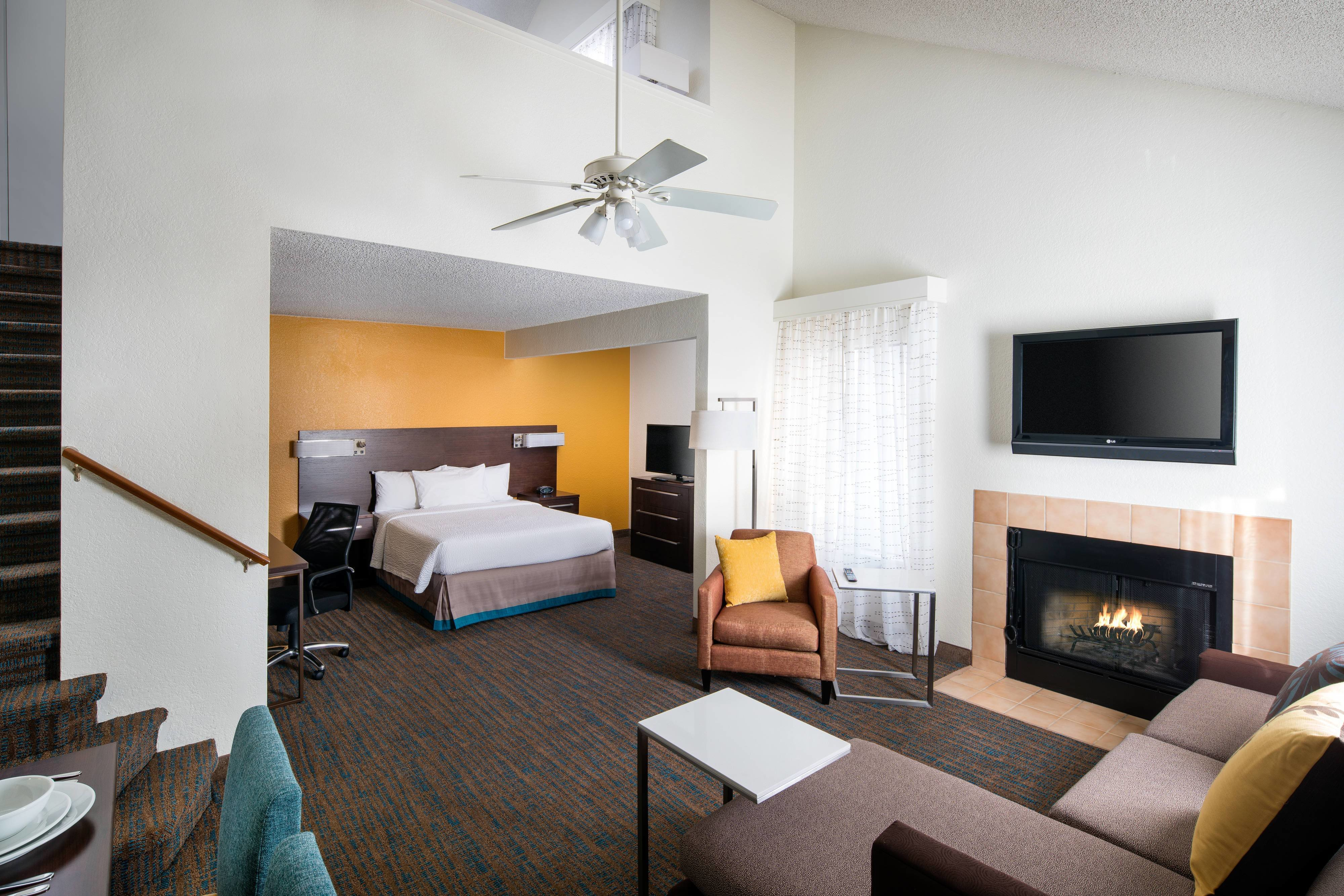 Best Suites And Hotel Rooms In Long Beach California With Pictures