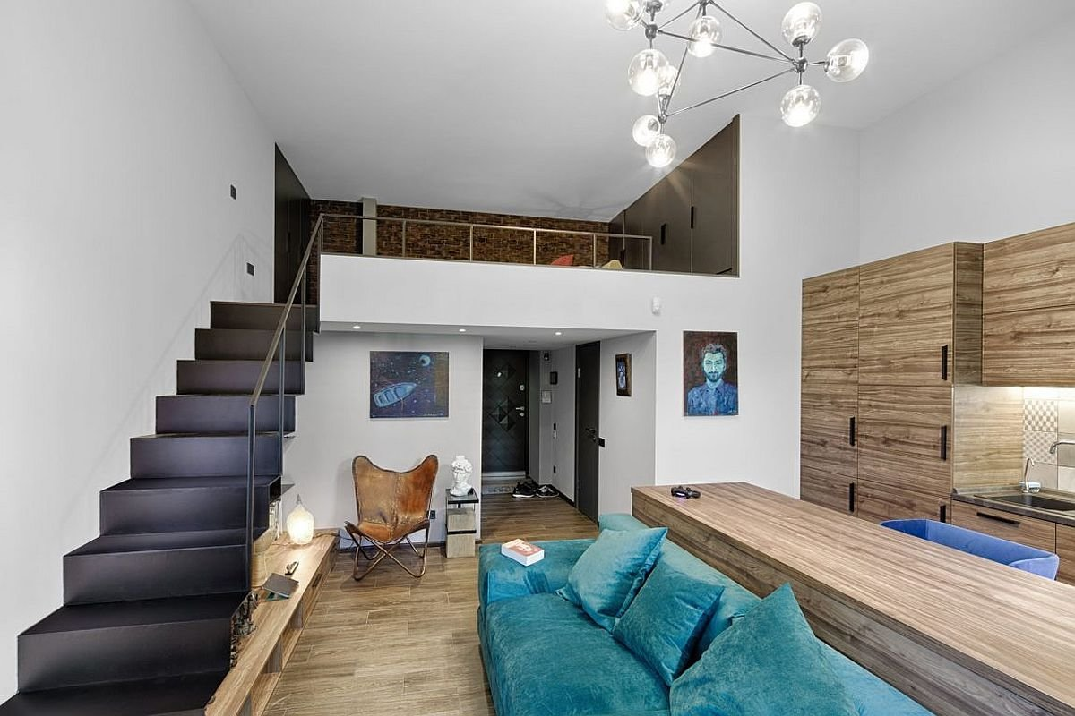 Best Mezzanine Level Bedroom Adds Extra Space To Small Kiev With Pictures