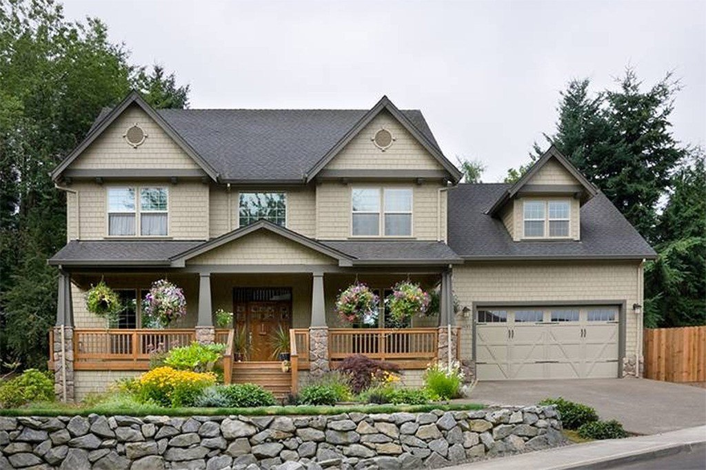 Best Traditional Style House Plan 4 Beds 2 5 Baths 2500 Sq Ft With Pictures