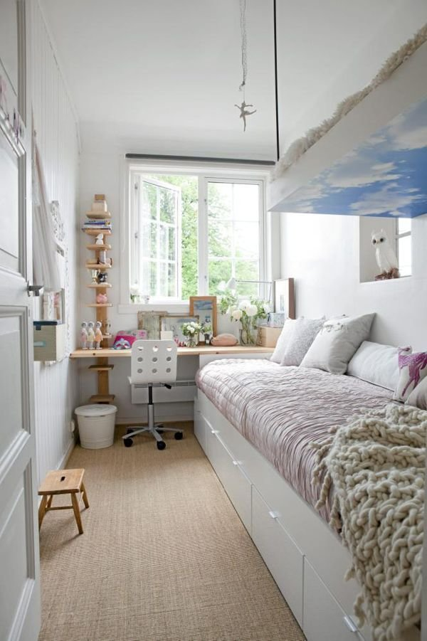 Best How To Decorate A Long And Narrow Bedroom With Pictures Original 1024 x 768