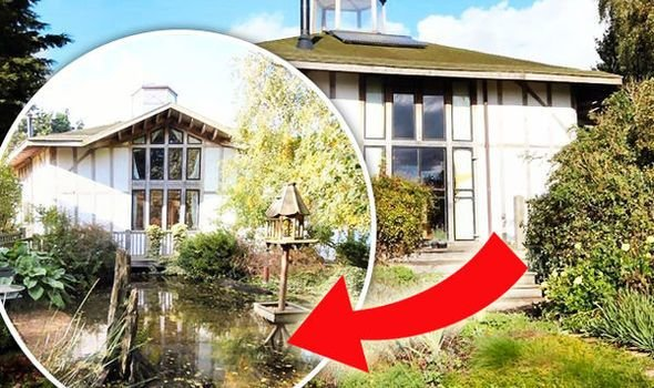 Best Property For Sale On Zoopla Hides A Magical Interior You With Pictures