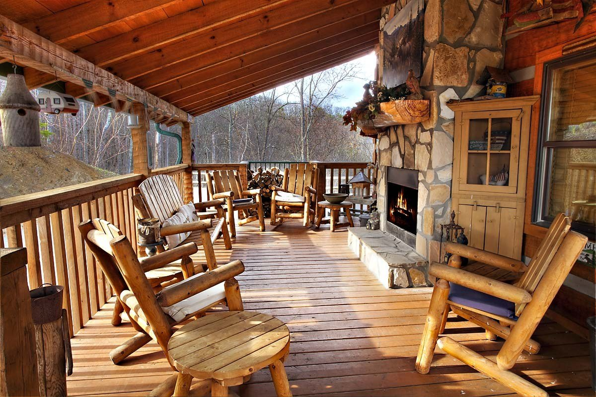 Best Bullwinkle 4 Bedroom Cabin From Hearthside Cabin Rentals With Pictures