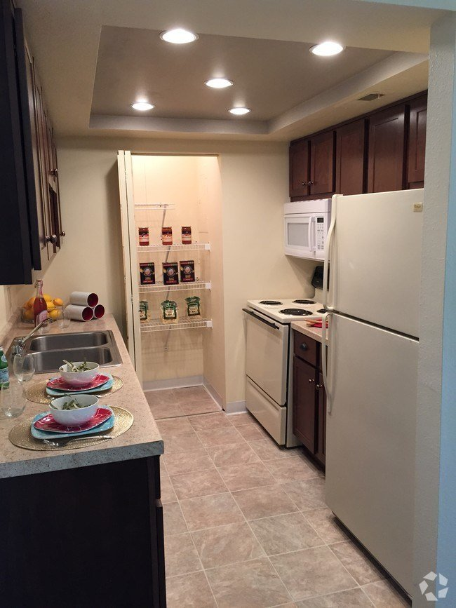Best 1434 Spy Run Ave Fort Wayne In 46805 Rentals Fort Wayne With Pictures