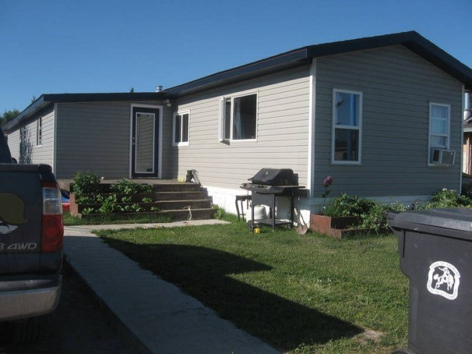 Best 3 Bedroom Trailer In Raymond In Raymond Alberta Estates With Pictures