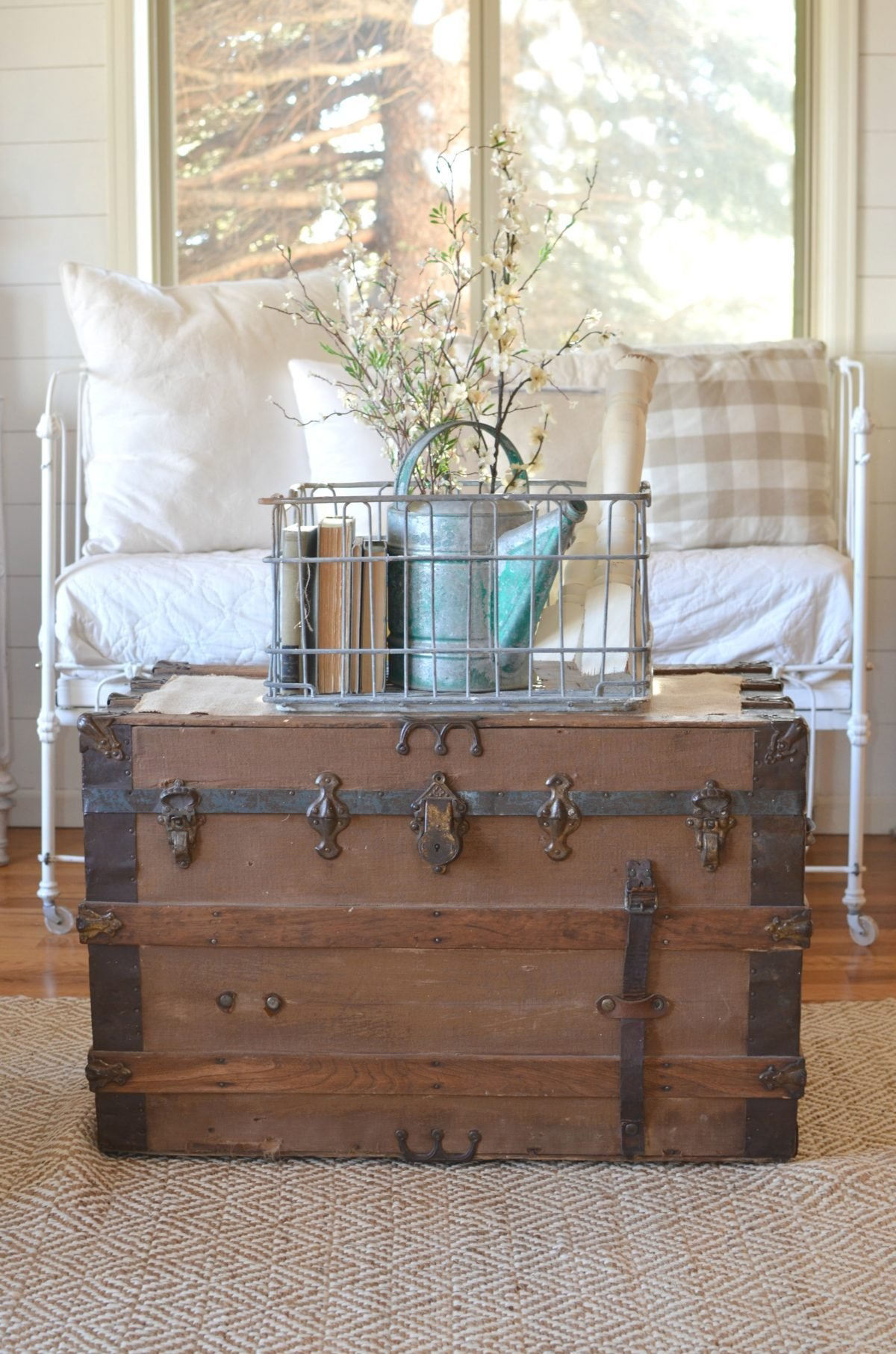 Best How To Get Organized With Vintage Decor With Pictures