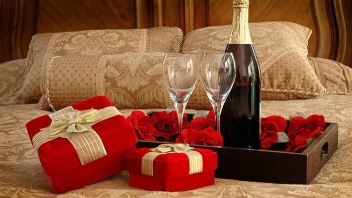Best Fabulous Decorate Ideas For Valentine S Day Modern Home With Pictures
