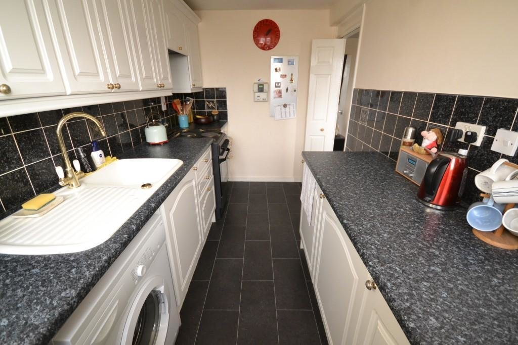 Best 2 Bedroom Flat To Rent In Victoria Centre Nottingham Ng1 With Pictures