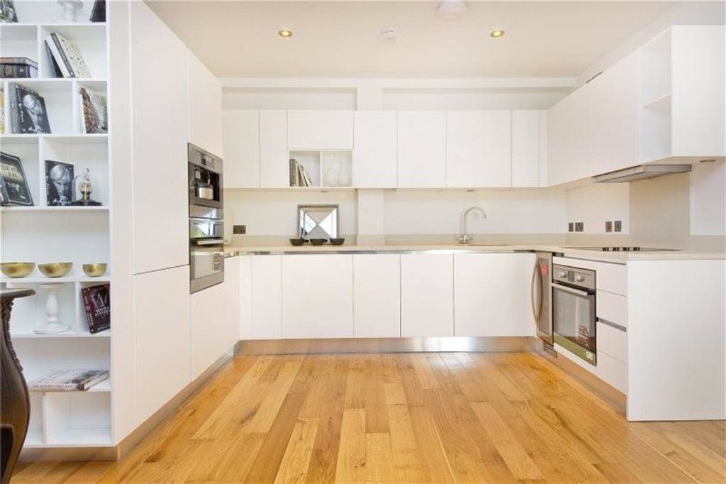 Best 2 Bedroom Flat To Rent In The Cascades Finchley Road With Pictures