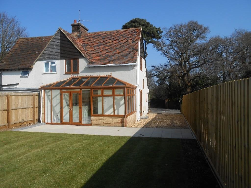 Best 3 Bedroom Village House For Sale In Throop Bournemouth With Pictures