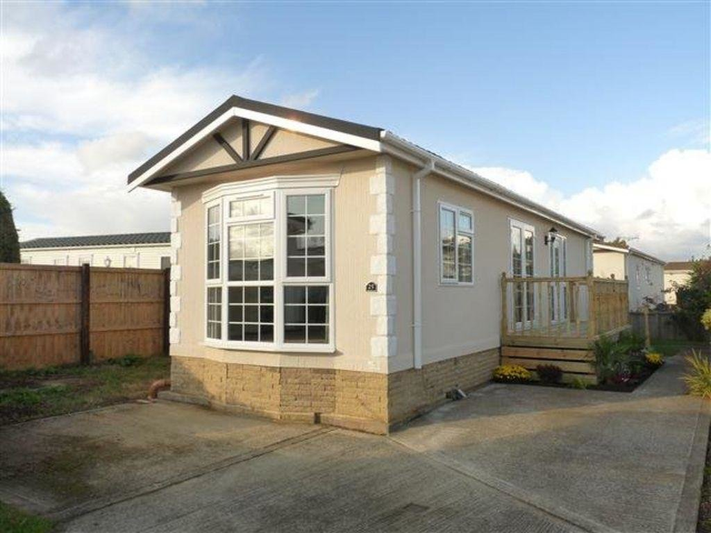 Best 2 Bedroom Mobile Home For Sale In Marigolds Shripney Road With Pictures