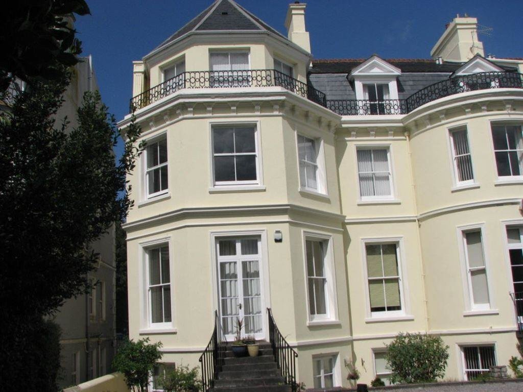Best 2 Bedroom Flat To Rent In Nelson Gardens Plymouth Devon Pl1 With Pictures