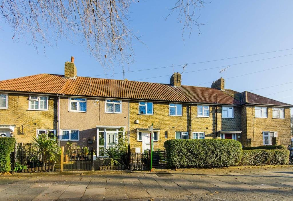Best 3 Bedroom House To Rent In Old Bromley Road Bromley Br1 Br1 With Pictures