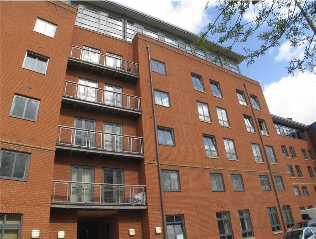 Best 2 Bedroom Apartment To Rent In Lake House Castlefield Manchester M15 M15 With Pictures Original 1024 x 768
