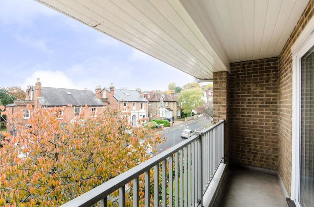 Best 2 Bedroom Flat To Rent In Spencer Hill Wimbledon Sw19 Sw19 With Pictures