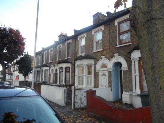 Best 2 Bedroom House To Rent In Tunmarsh Lane London E13 With Pictures