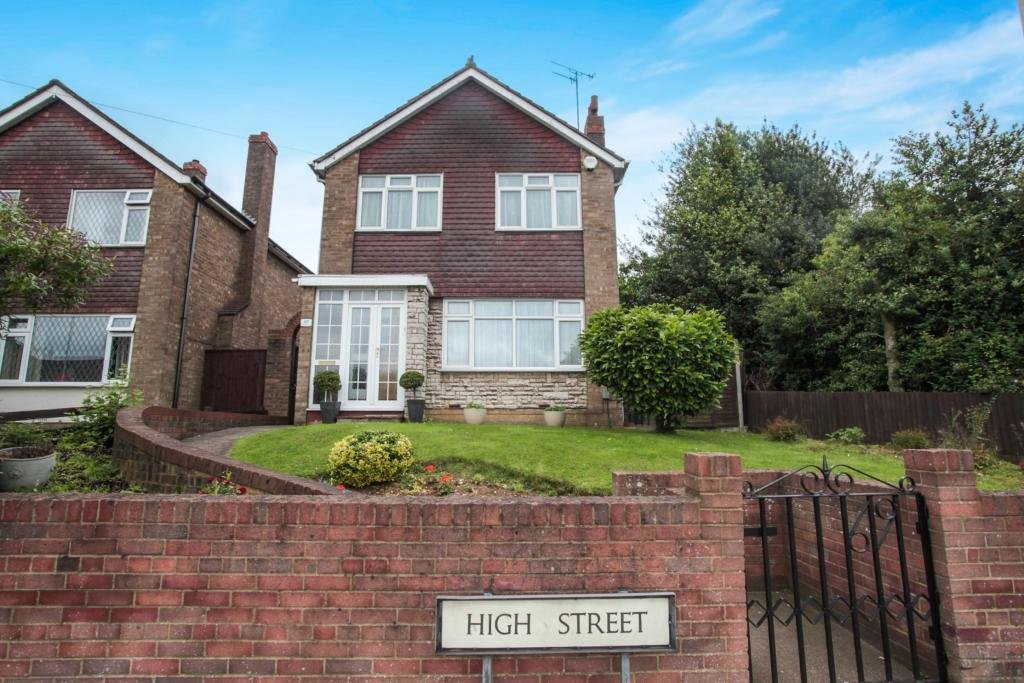 Best 3 Bedroom Detached House For Sale In High Street Luton With Pictures