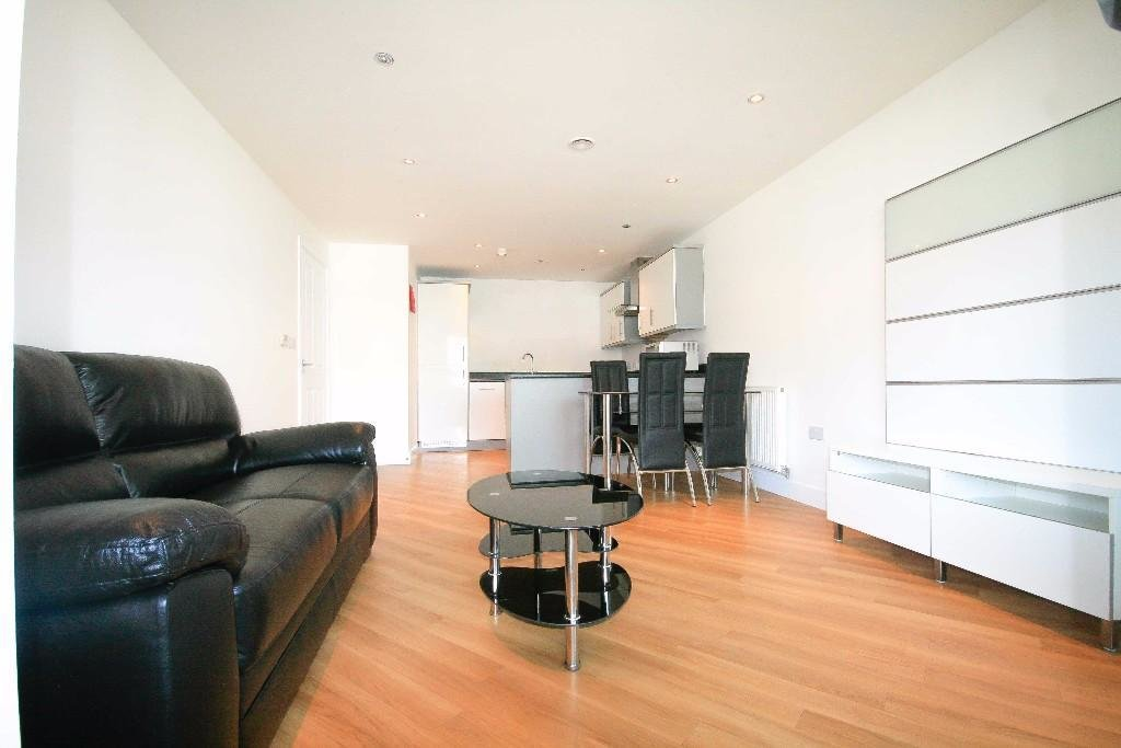 Best 2 Bedroom Apartment To Rent In Gabrielle House Perth Road Ilford Essex Ig2 Ig2 With Pictures