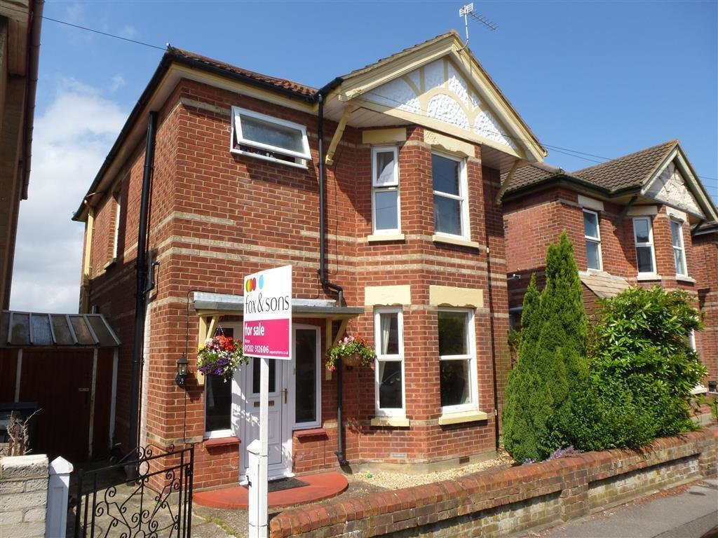 Best 3 Bedroom Detached House For Sale In Bishop Road With Pictures