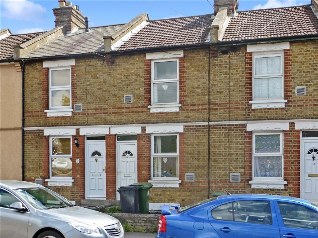 Best 3 Bedroom Terraced House For Sale In Farleigh Lane With Pictures