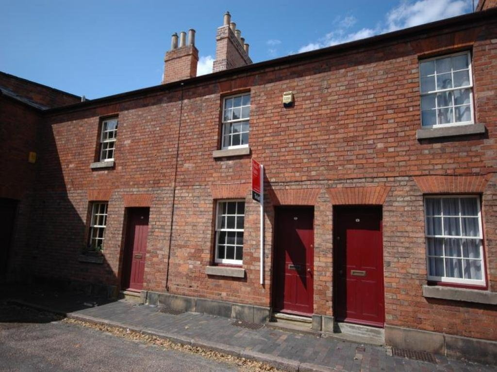 Best 2 Bedroom Terraced House To Rent In Sheffield Place Derby With Pictures