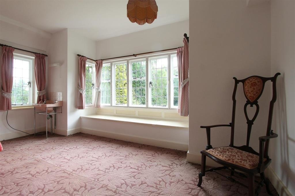 Best 5 Bedroom Detached House For Sale In Main Road Old With Pictures