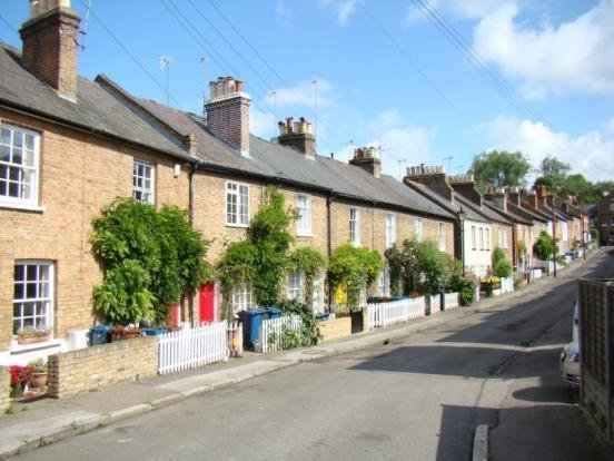 Best 2 Bedroom Terraced House For Sale In Harrow On The Hill Ha1 With Pictures