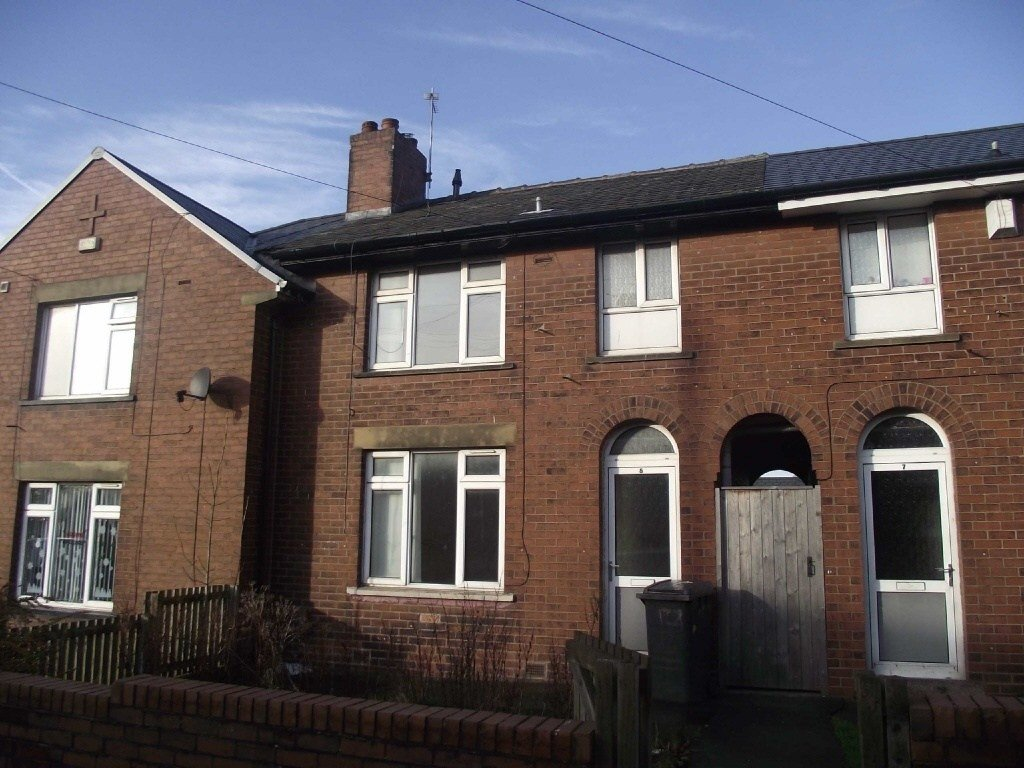 Best 3 Bedroom Town House To Rent In Shakespeare Road Derker With Pictures