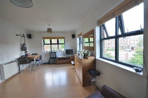 Best 2 Bedroom Apartment For Sale In Blantyre House Slate With Pictures