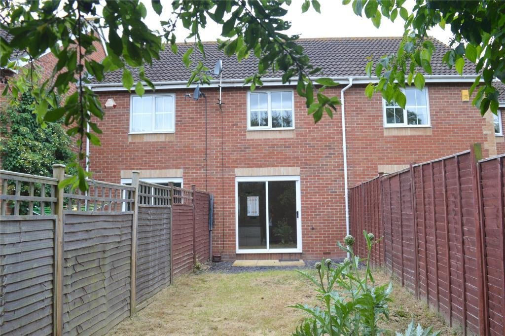 Best 2 Bedroom Terraced House To Rent In Standfast Place With Pictures