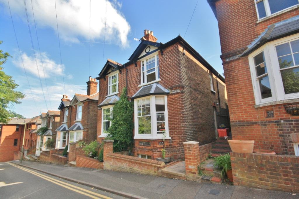 Best 2 Bedroom House To Rent In Oxford Terrace Guildford With Pictures