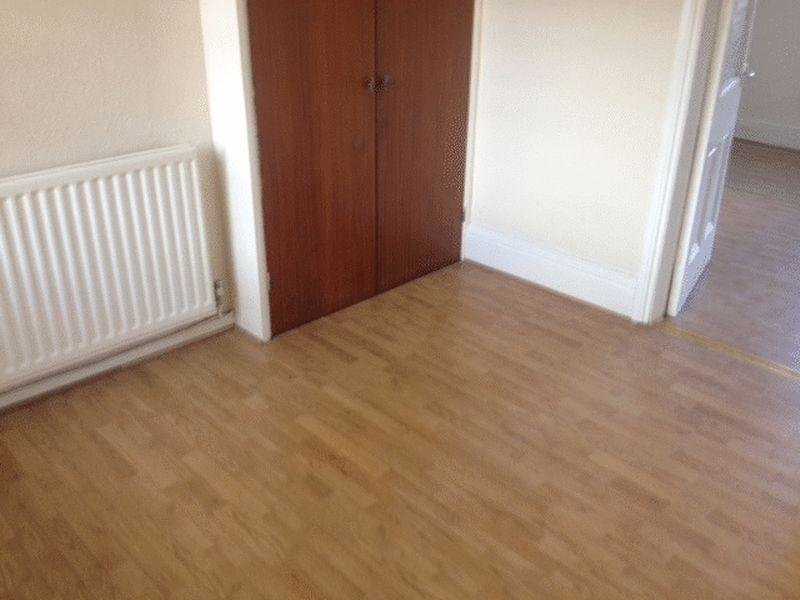 Best 1 Bedroom Apartment To Rent In No Deposit Dss Accepted Low With Pictures