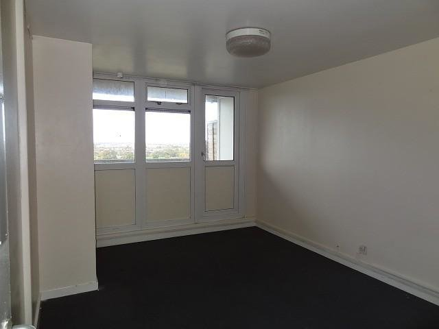 Best 1 Bedroom Flat To Rent In Caradoc Hall Coventry Cv2 With Pictures