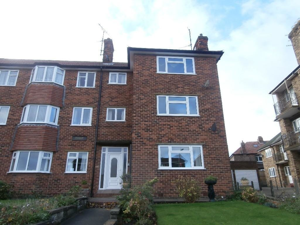Best 2 Bedroom Flat To Rent In Weydale Avenue Scarborough North Yorkshire Yo12 Yo12 With Pictures