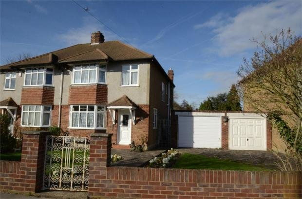 Best 3 Bedroom Semi Detached House For Sale In Worcester Close Shirley Croydon Surrey Cr0 With Pictures
