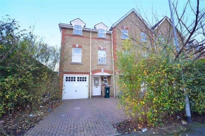 Best 3 Bedroom Town House For Sale In Offley Place Isleworth Tw7 With Pictures