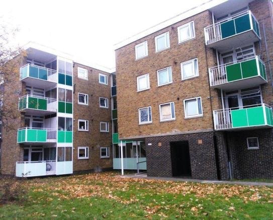 Best 2 Bedroom Flat For Sale In Millbrook Southampton So16 With Pictures