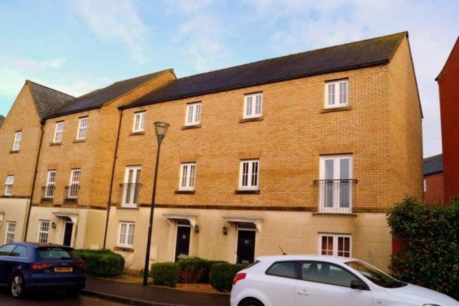 Best 2 Bedroom House To Rent In Harlow Crescent Oxley Park With Pictures