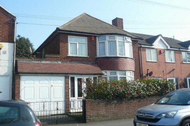 Best 3 Bedroom Detached House To Rent In Tibbington Terrace With Pictures