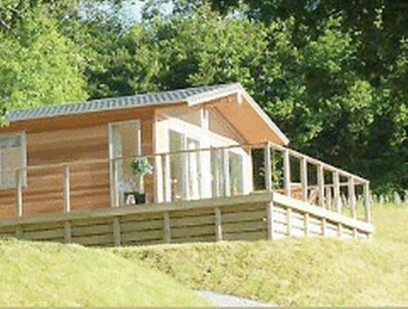 Best 2 Bedroom Log Cabin For Sale In Cornhill On Tweed Td12 With Pictures