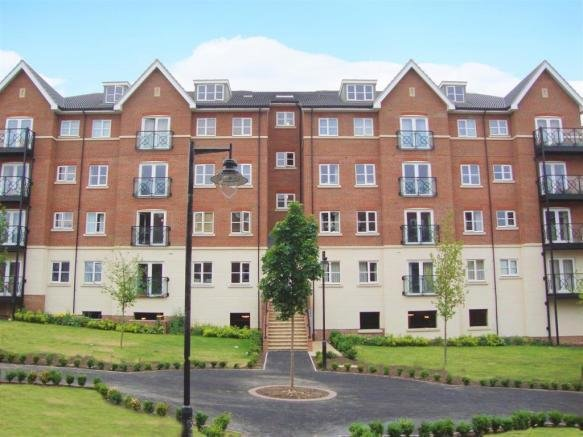 Best 2 Bedroom House To Rent In Viridian Square Aylesbury Hp21 With Pictures