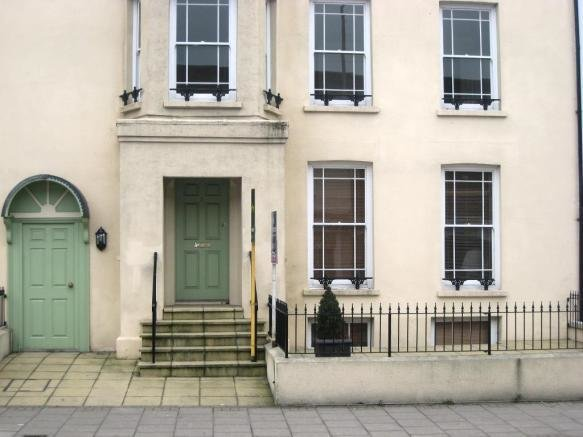 Best 2 Bedroom Ground Floor Flat To Rent In Southgate With Pictures