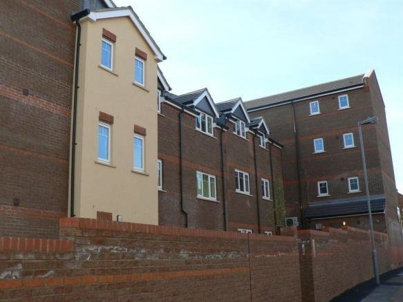 Best 1 Bedroom Flat To Rent In Regents Place Luton Town Centre With Pictures