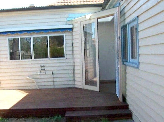 Best Period 3 Bedroom 2 Bathroom Home Melbourne Houses For With Pictures
