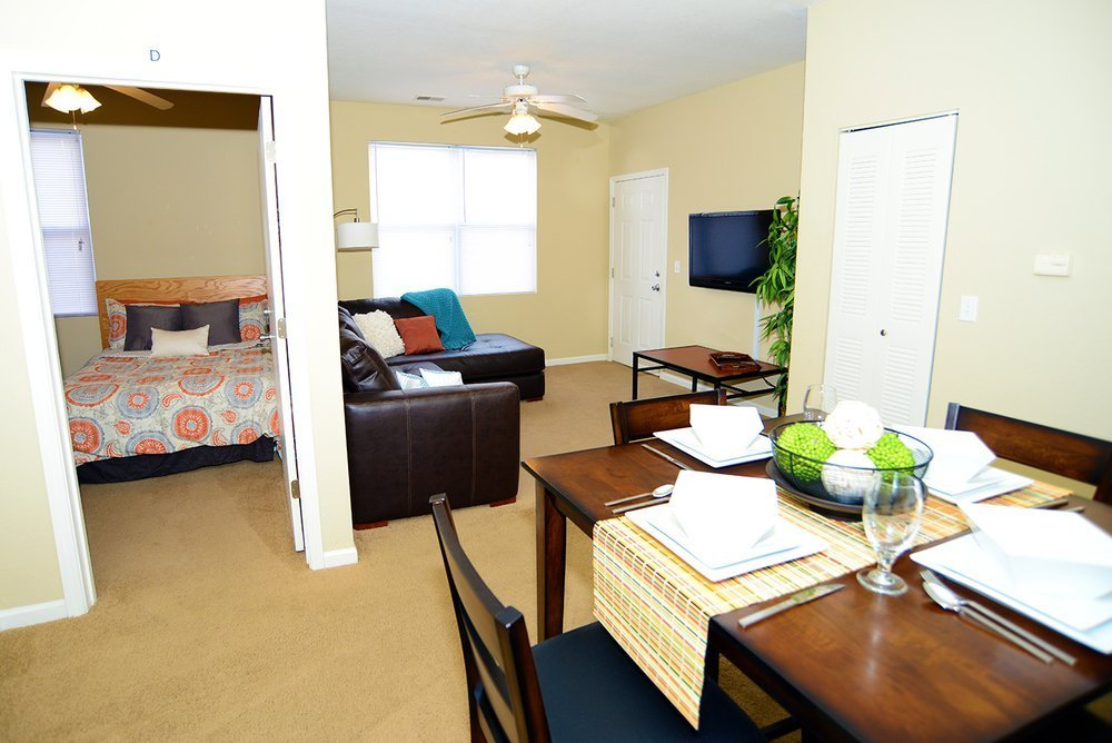 Best College Station Apartments Normal Il Reviews Condos For Rent In Bloomington One Bedroom Best With Pictures