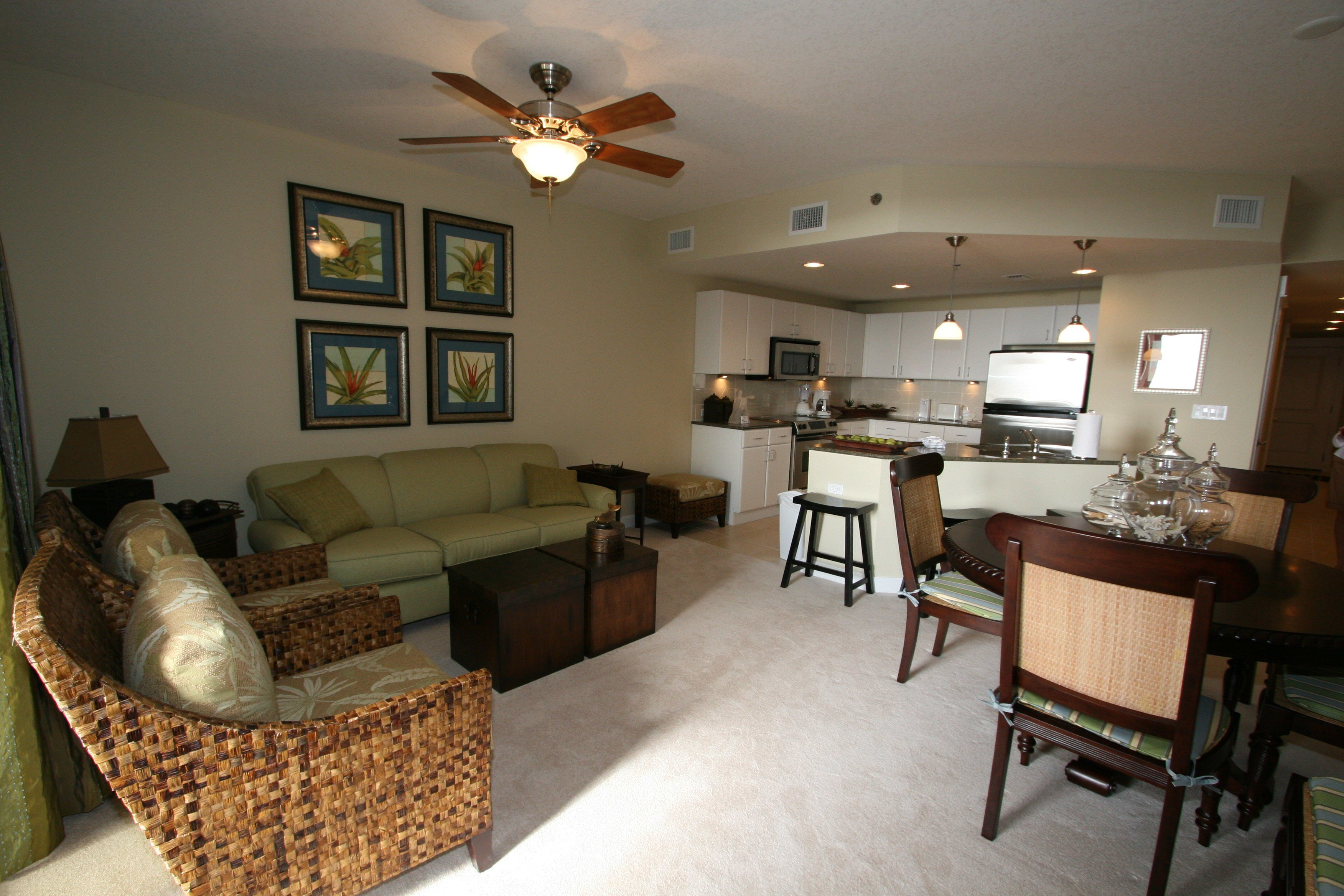 Best One Bedroom Apartments In Normal Il Pinecrest Madison Wi Hr2962481 Boho Bathrooms With Pictures