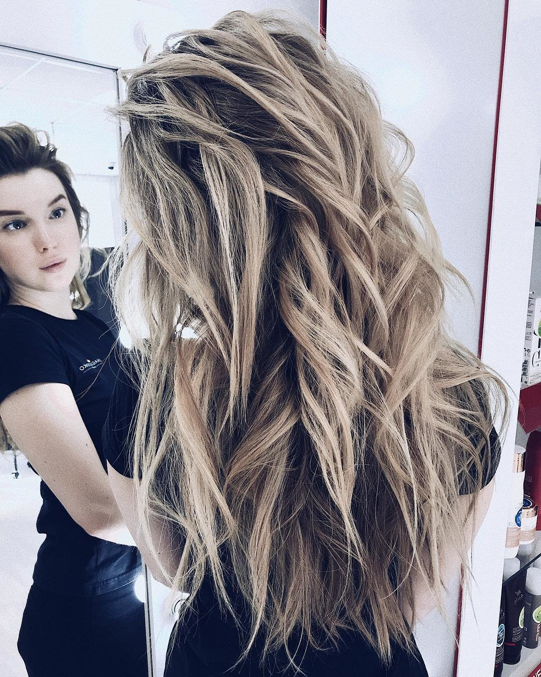 Free 10 Gorgeous Long Wavy Perm Hairstyles Long Hair Styles 2019 Wallpaper