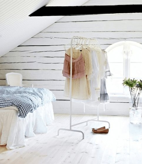Best Bedroom Clothing Rack – Sequins And Sweets With Pictures