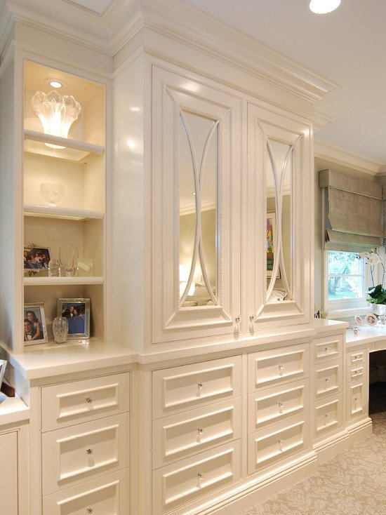 Best The Peak Of Très Chic Built Ins In The Bedroom With Pictures