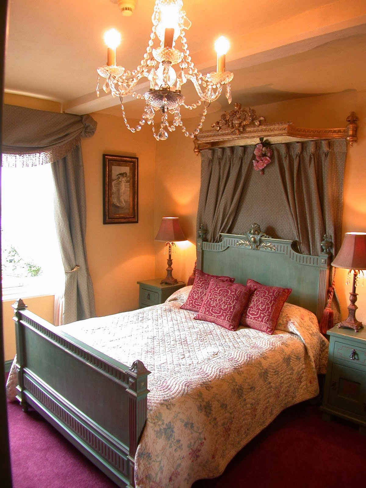 Best The Hoa Member Romantic Bedroom Décor On A Budget With Pictures