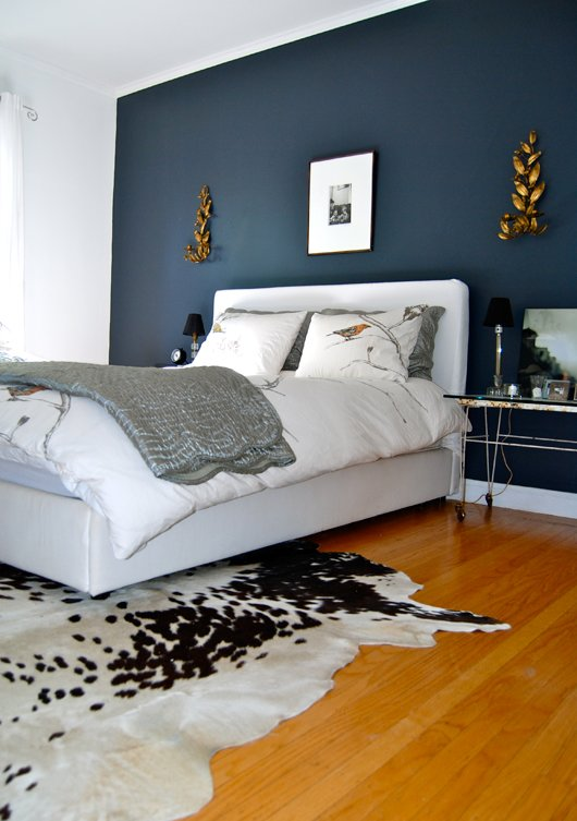 Best The Home Of Bambou Bedroom With Dark Accent Wall With Pictures